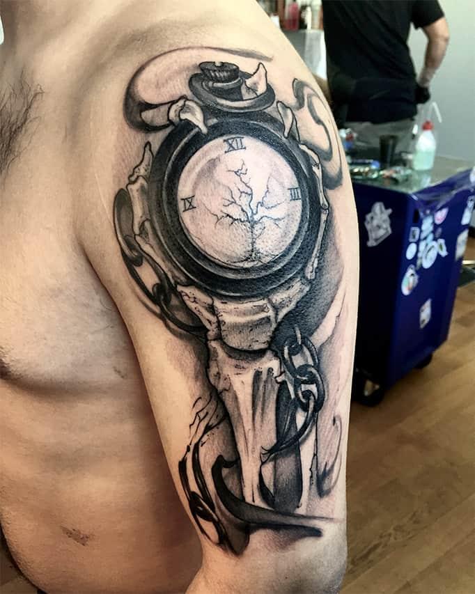 Giulio Canepa Tattoo Mano Scheletro